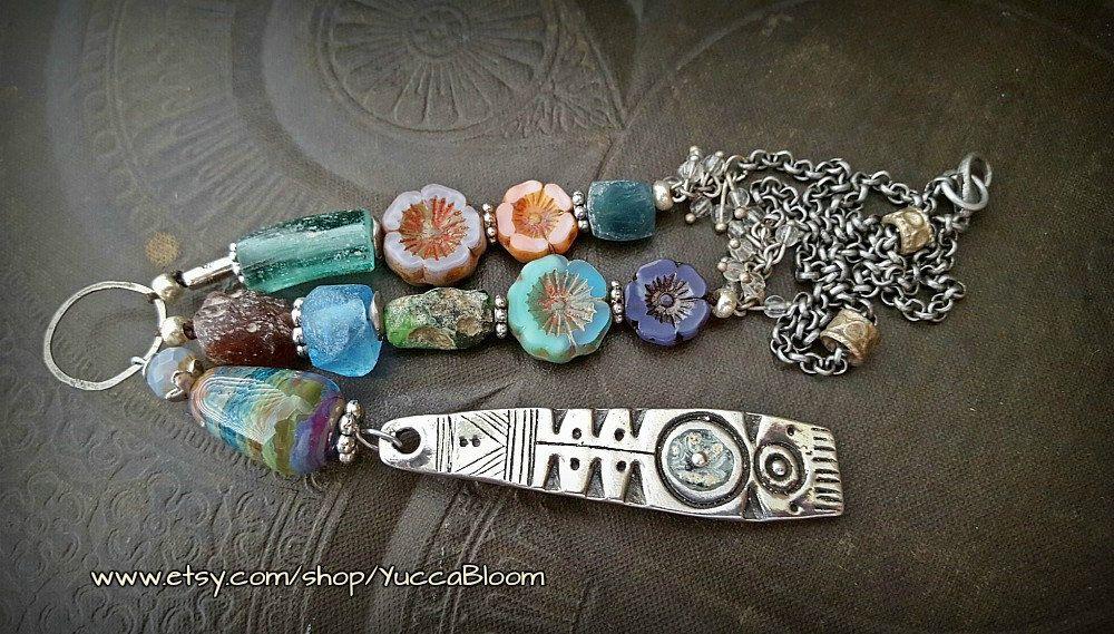 Shield, Ancient Roman Glass, Lampwork Glass, Flowers