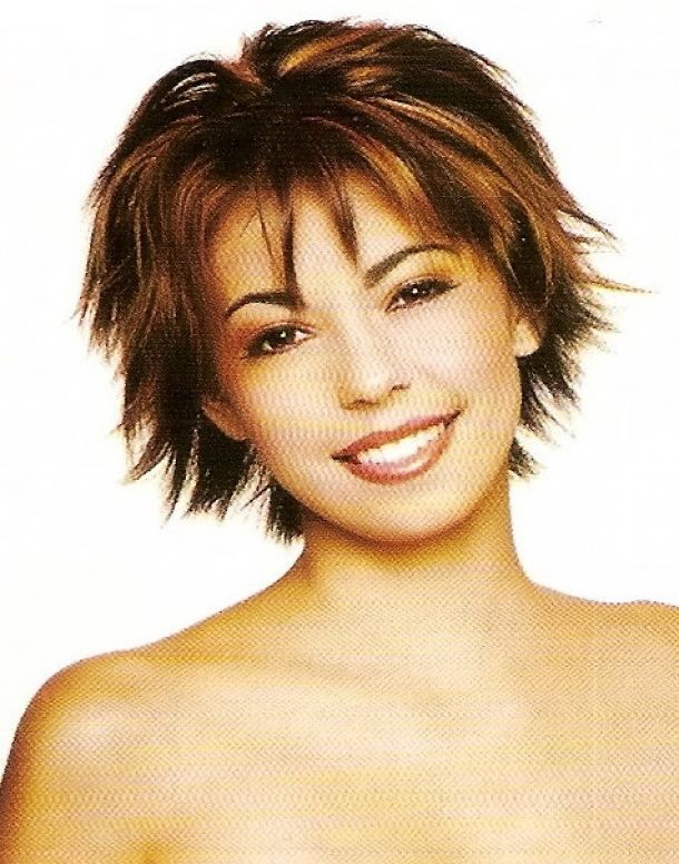 Pin By Tena Kitchens On Beautify Yourself Hair Styles Short Hair With Layers Short Choppy Hair