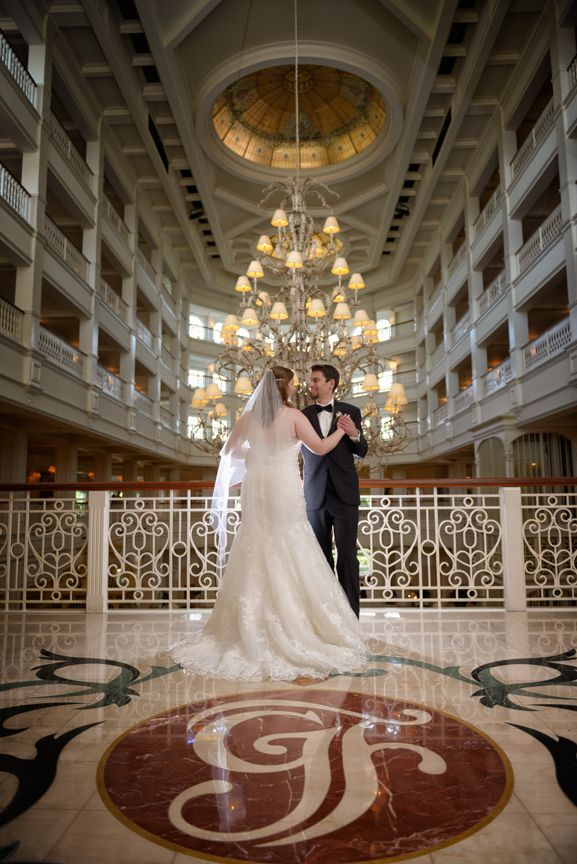 The Victorian Elegance Of Disney S Grand Floridian Lobby Makes For Wonderful Bridal Portraits Photo Amanda Fine Art Photography Pinterest