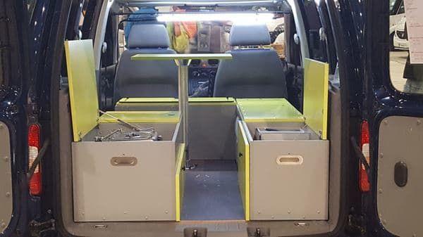 bett sofa f r nissan nv200 mini camper 8 12. Black Bedroom Furniture Sets. Home Design Ideas