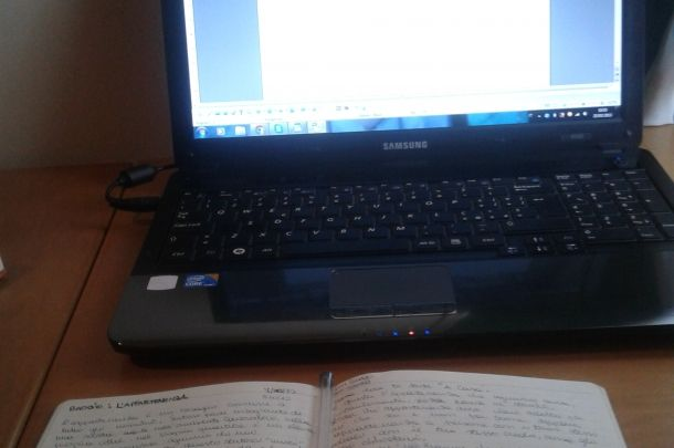 Scrivo due post per blog, pagine facebook, profili personali minimo 300 parole, con tema a scelta. #scrittura