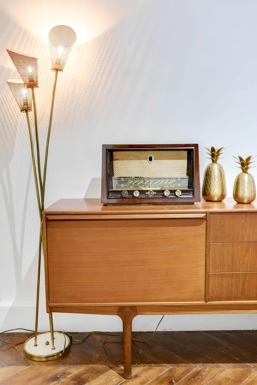 Selency Sideboard Vintage Radio Light Gold Pineapple Living Room En 2020 Meuble Meuble Rangement Objets Vintage