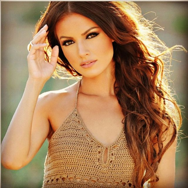 Searching For Perfect Searching For 2 Red Hair Brown Eyes Hair Color Auburn Brown Dark Auburn Hair