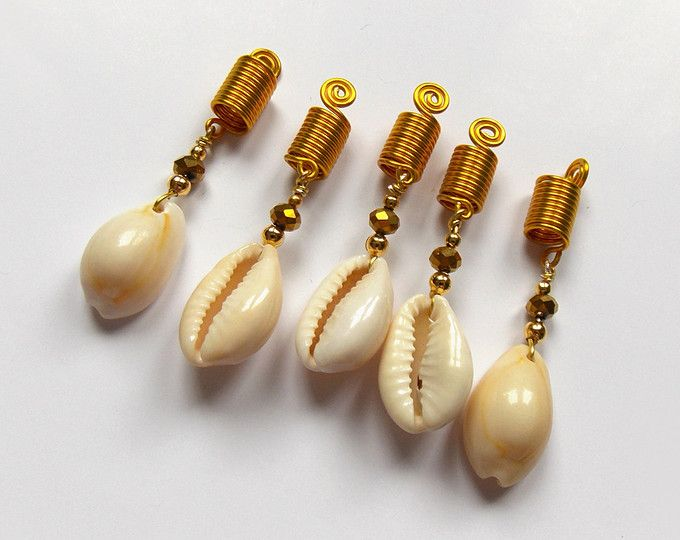Dreadlocks Jewelry Set with Cowrie Shells