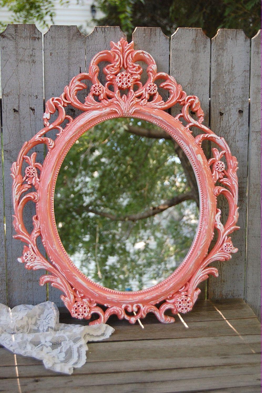 Ornate coral mirror | Handarbeiten