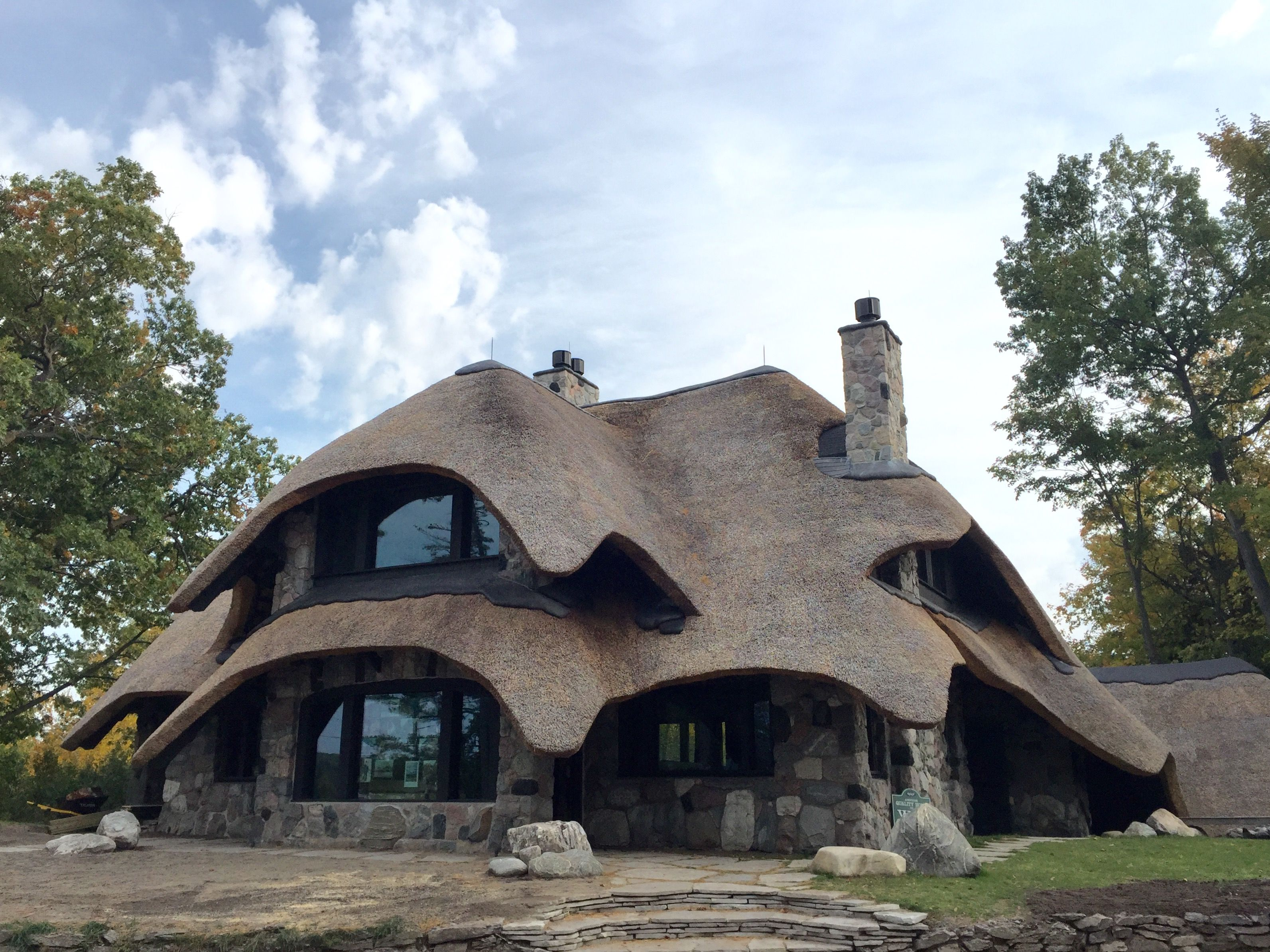 Update Thatch House Being Built On Lake Michigan 304 Park