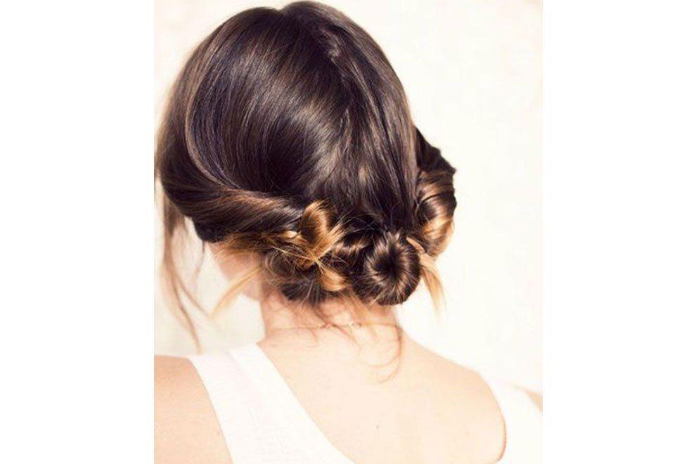 Gestresste Mamas 6 Hair Styles Fur Das Faultier In Dir In 2020 Haarspitzen Frisuren Langhaar Selbstgemachte Frisuren