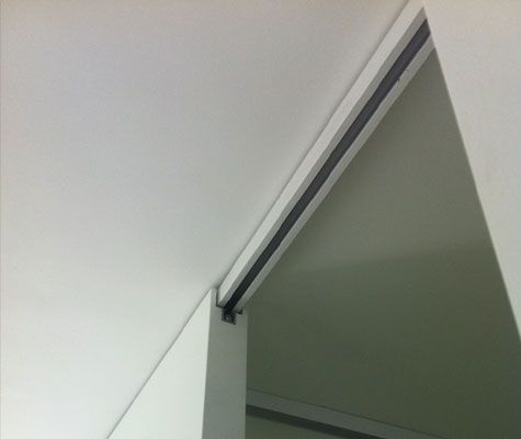 schiebet r schiene unter der decke interior design pinterest t ren haus und. Black Bedroom Furniture Sets. Home Design Ideas