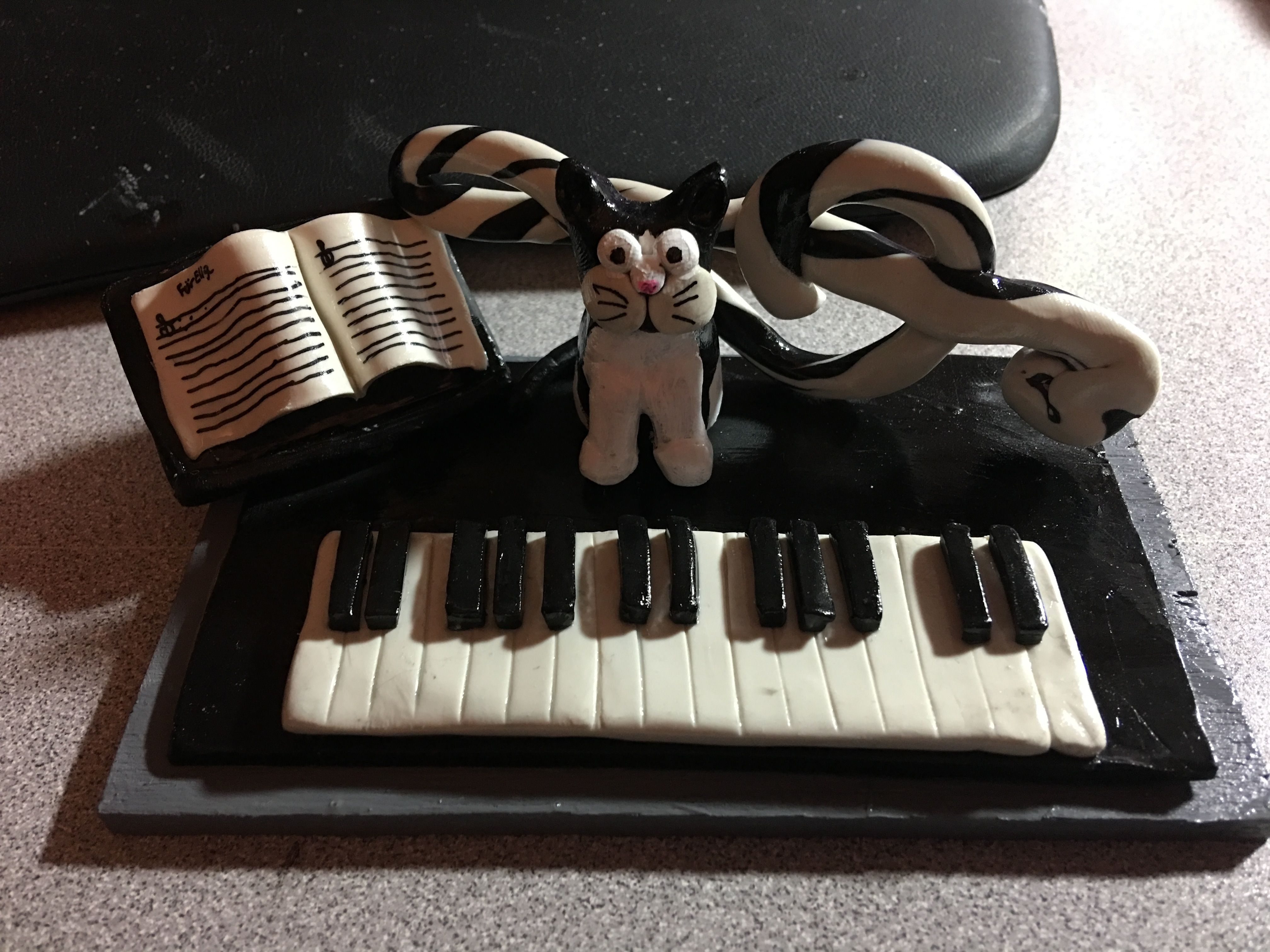 Piano themed business card holder with one of our cats that I made ...