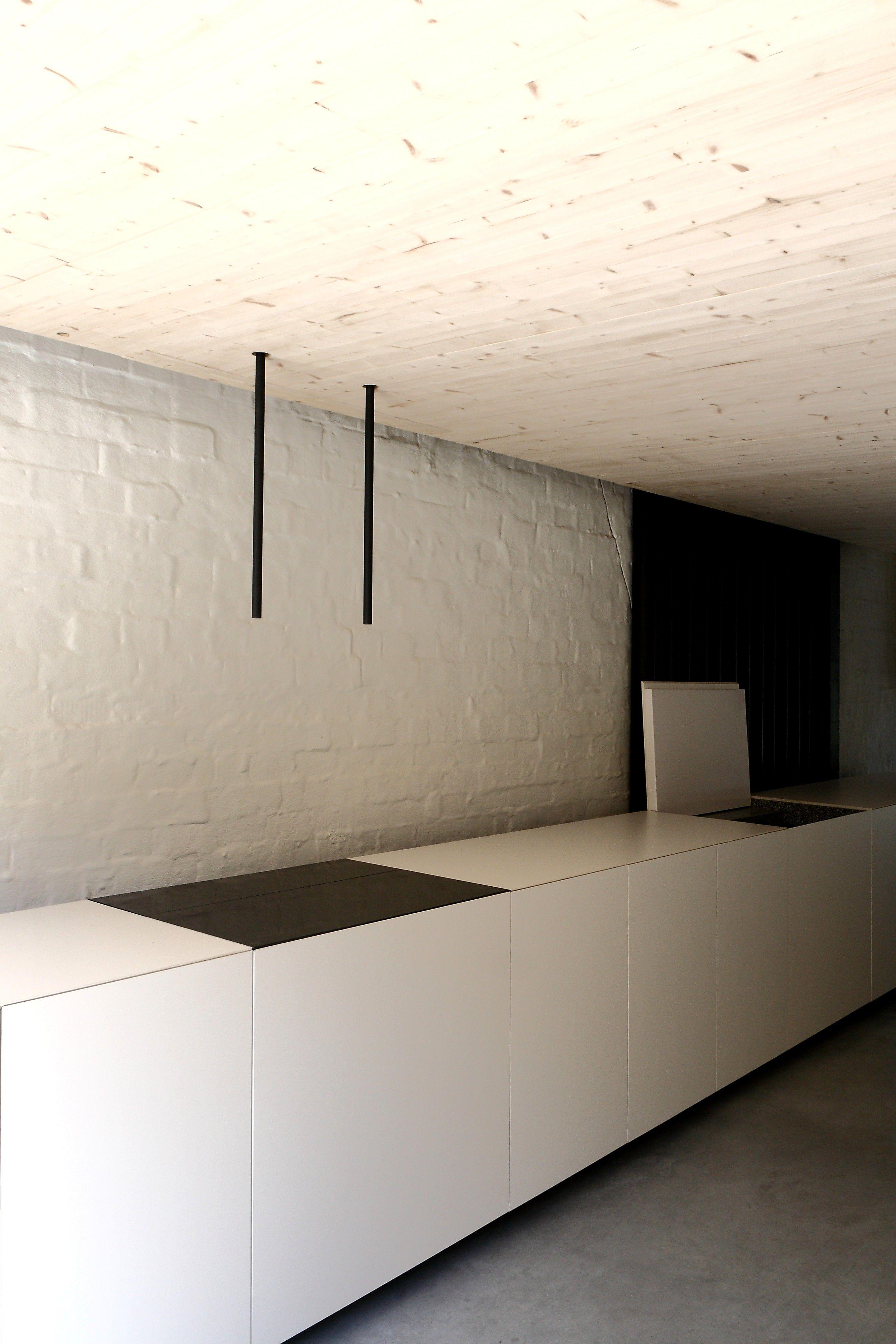 icoon.be architecten minimalist hpl kitchen cross laminated timber ...