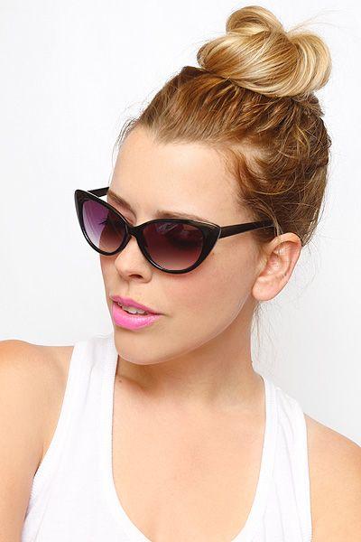 d391cc6379dab Kourtney Kardashian Cat Eye Sunglasses - Black - 1017-1