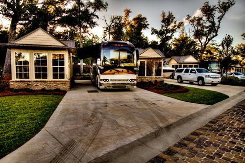 Luxury RV Resorts And Parks Are Gaining In Popularity They Range From Desert Oasis To