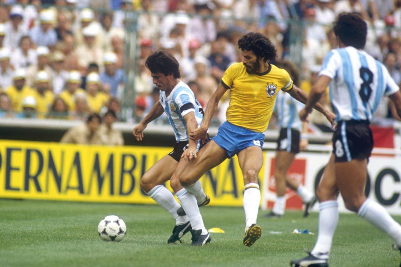 Socrates en Daniel Passarella Voetbal Pinterest
