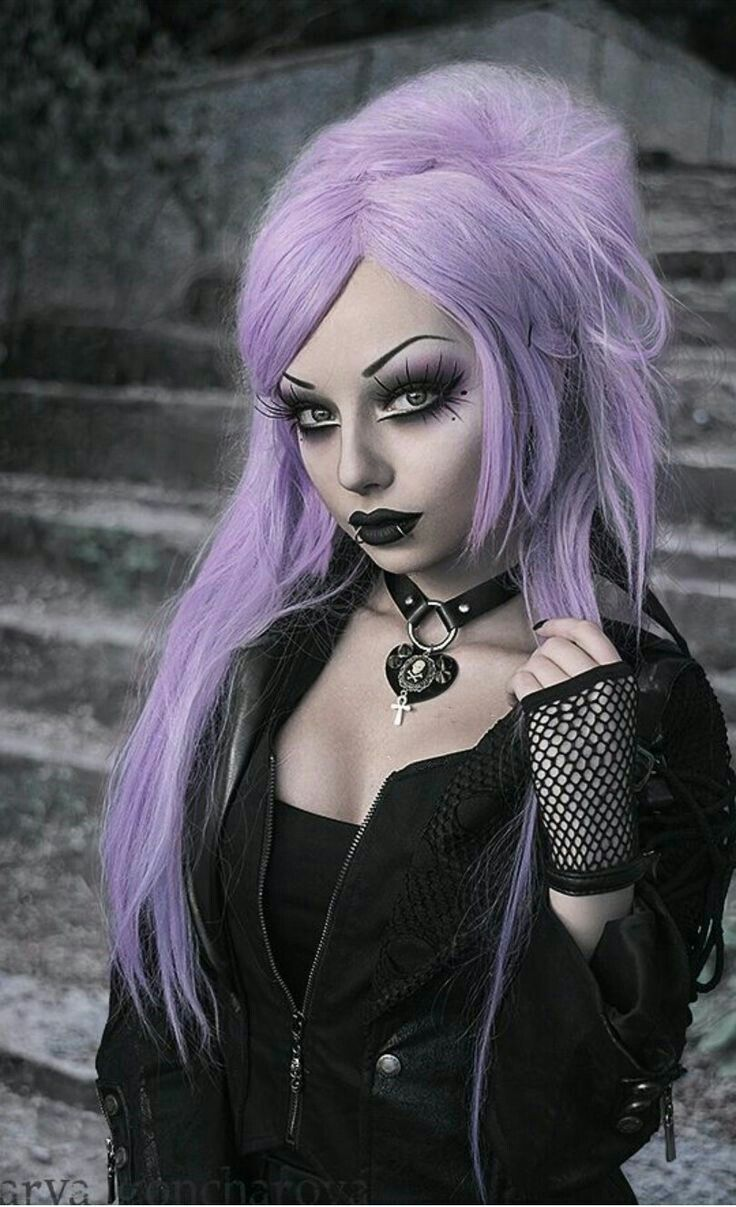 Carlos ABA in 2020 | Gothic outfits, Hot goth girls, Fashion