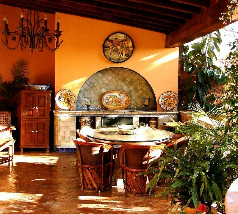 Spanish Colonial Interior Design Ideas: Mexican Style Homes