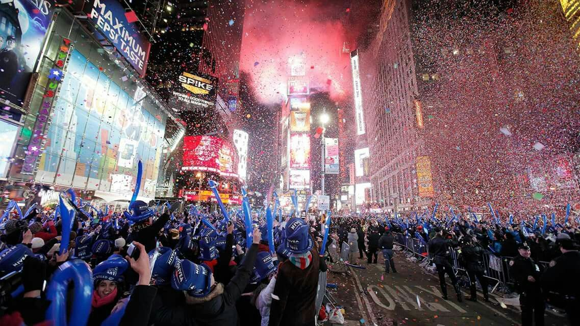 Nyc Happy New Year Times Square New York New York New Years Eve