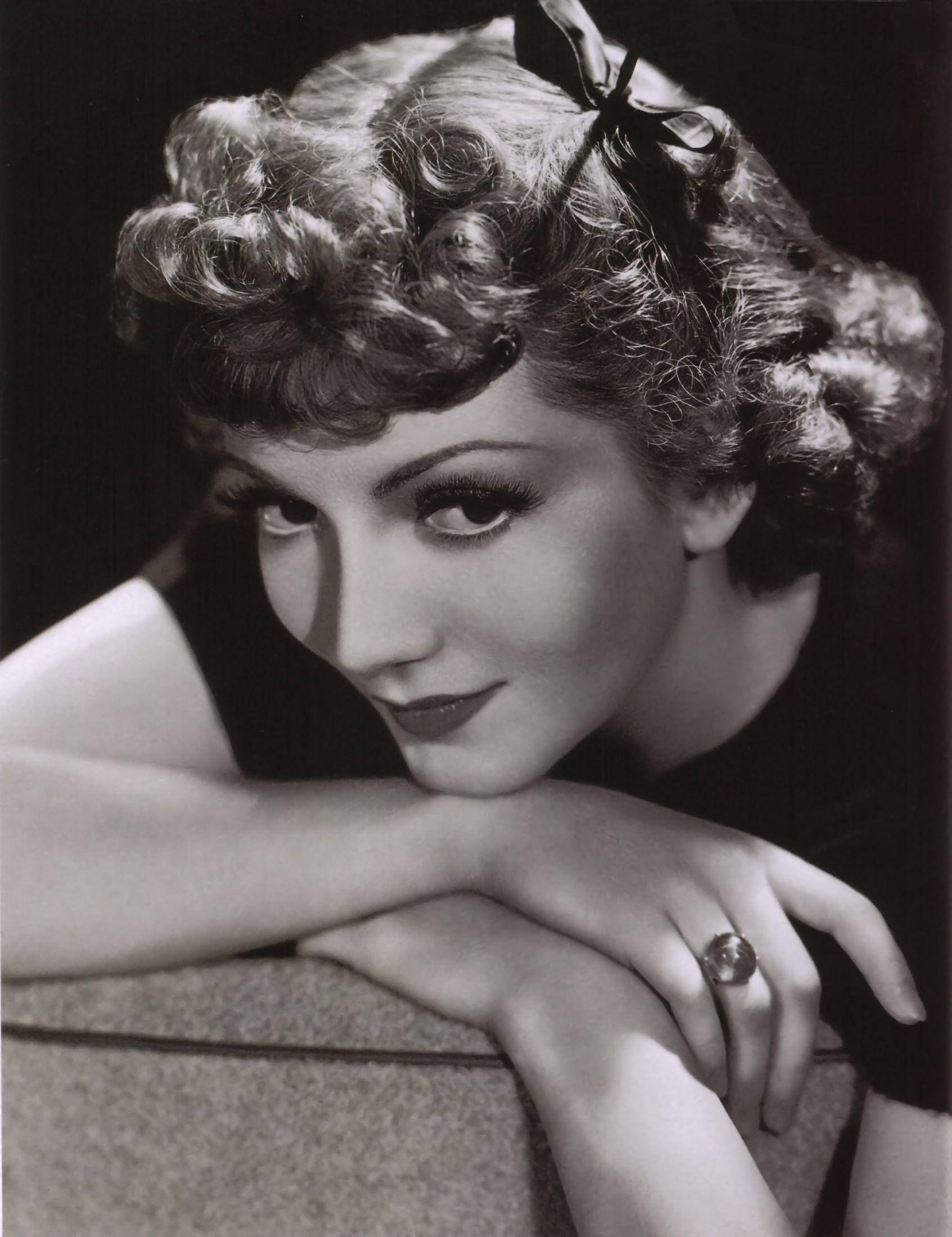 Jill Gascoine (born 1937) foto