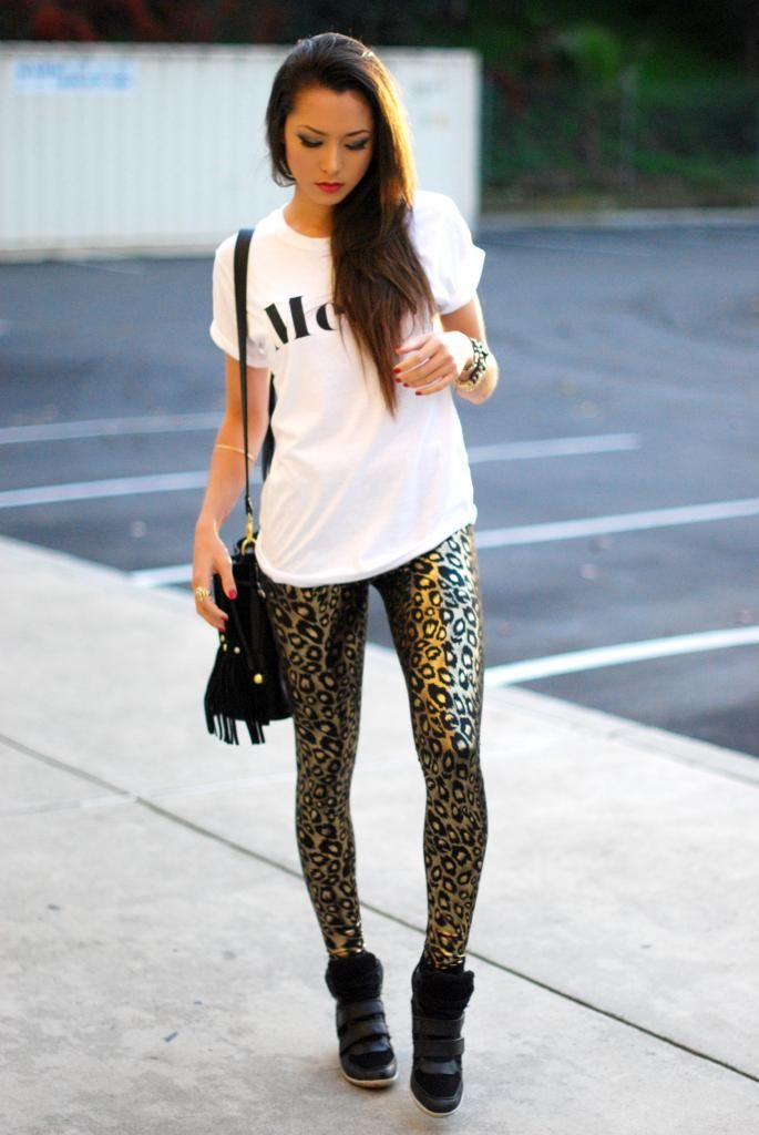 Leopard leggings + Wedge Sneakers <3