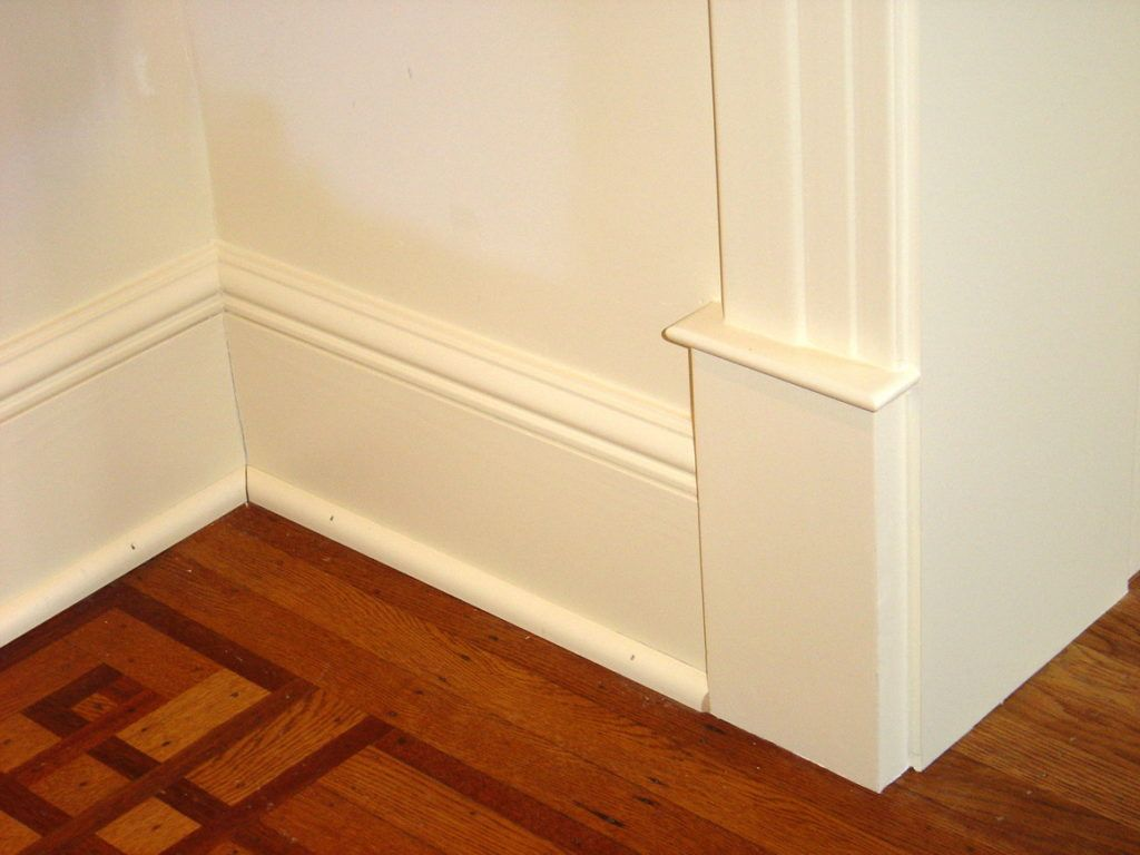 Best Images Baseboard molding ideas #base moulding ideas #Baseboard ...