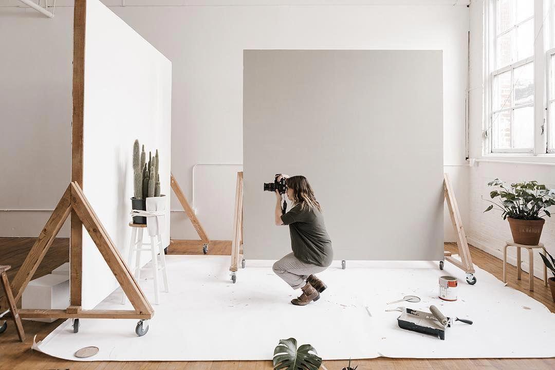 Studio Photography Color Studiophotographytips In 2020 Home Studio Photography Photography Studio Design Home Photo Studio