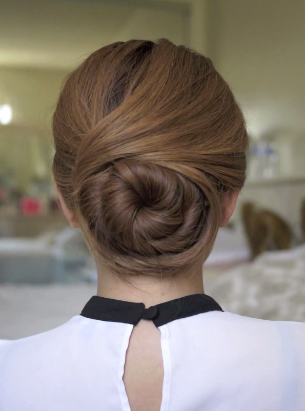 Twisting Sophisticated Hair Bun Http Youtu Be 6 Gofkymsxq Flight Attendant Hair Bun Hairstyles Hairstyle