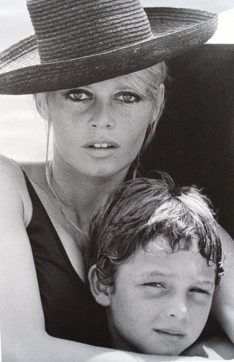 1969 or 1970 - Brigitte Bardot sailing with her son ...