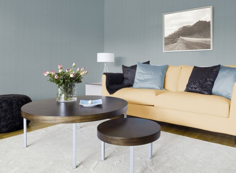Eisblaue Wandfarbe Im Wohnzimmer