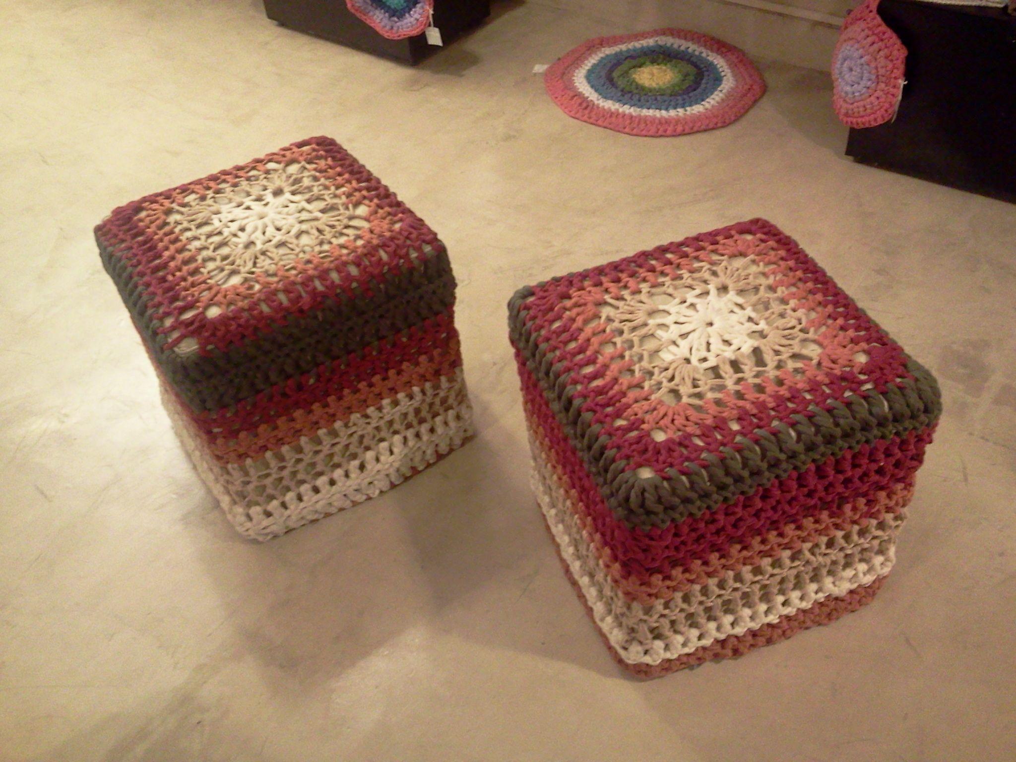 Fundas de puff crochet  www.alejandrocamarero.com.ar