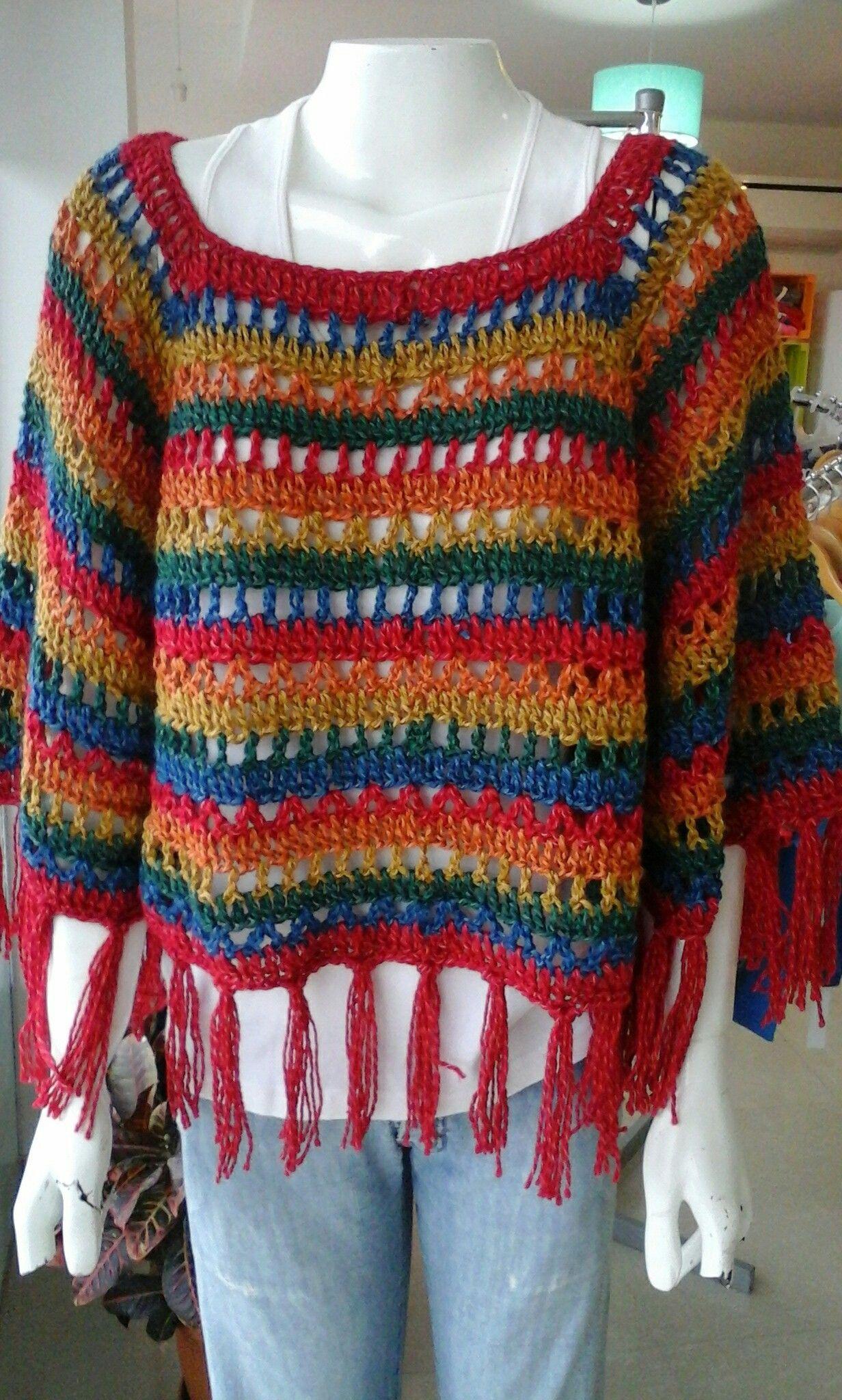 Poncho Con Mangas Tejido A Crochet X Silvana Gloria Tejidos Poncho Con Mangas Chaqueta De Ganchillo Ganchillo Ropa