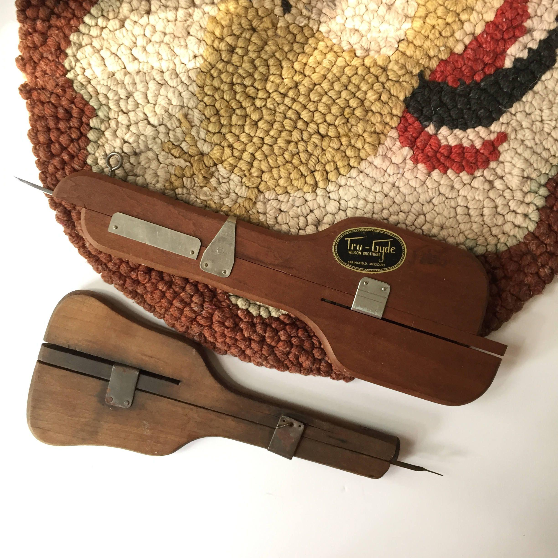 Tru Gyde Needle, Two Vintage Shuffle Hooks, Speed Hooking