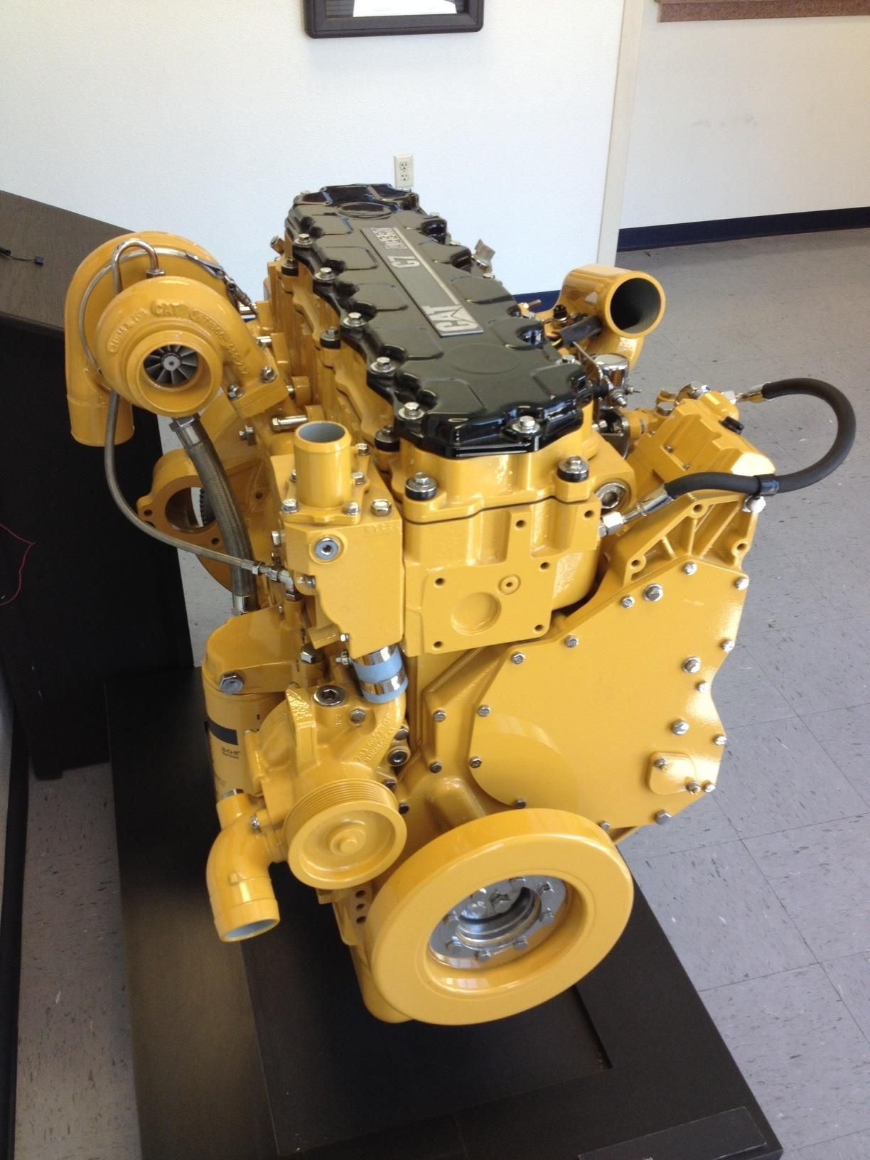 CAT C7 Medium Duty Diesel Engine[1224x1632][OC] | Engines of