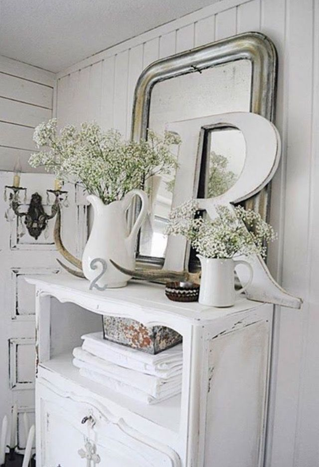 shades of white shades of white decor pinterest shabby chic shabby chic deko und m bel. Black Bedroom Furniture Sets. Home Design Ideas