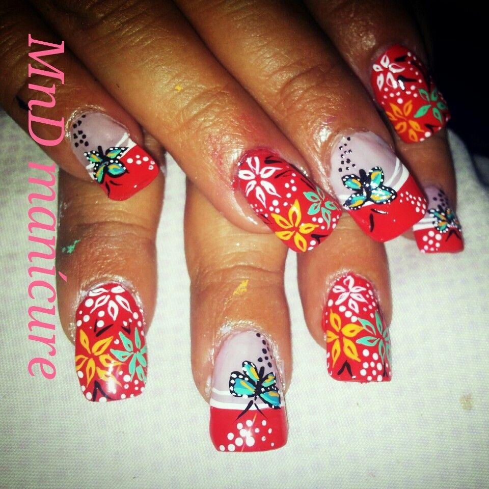 Agosto floral nail art