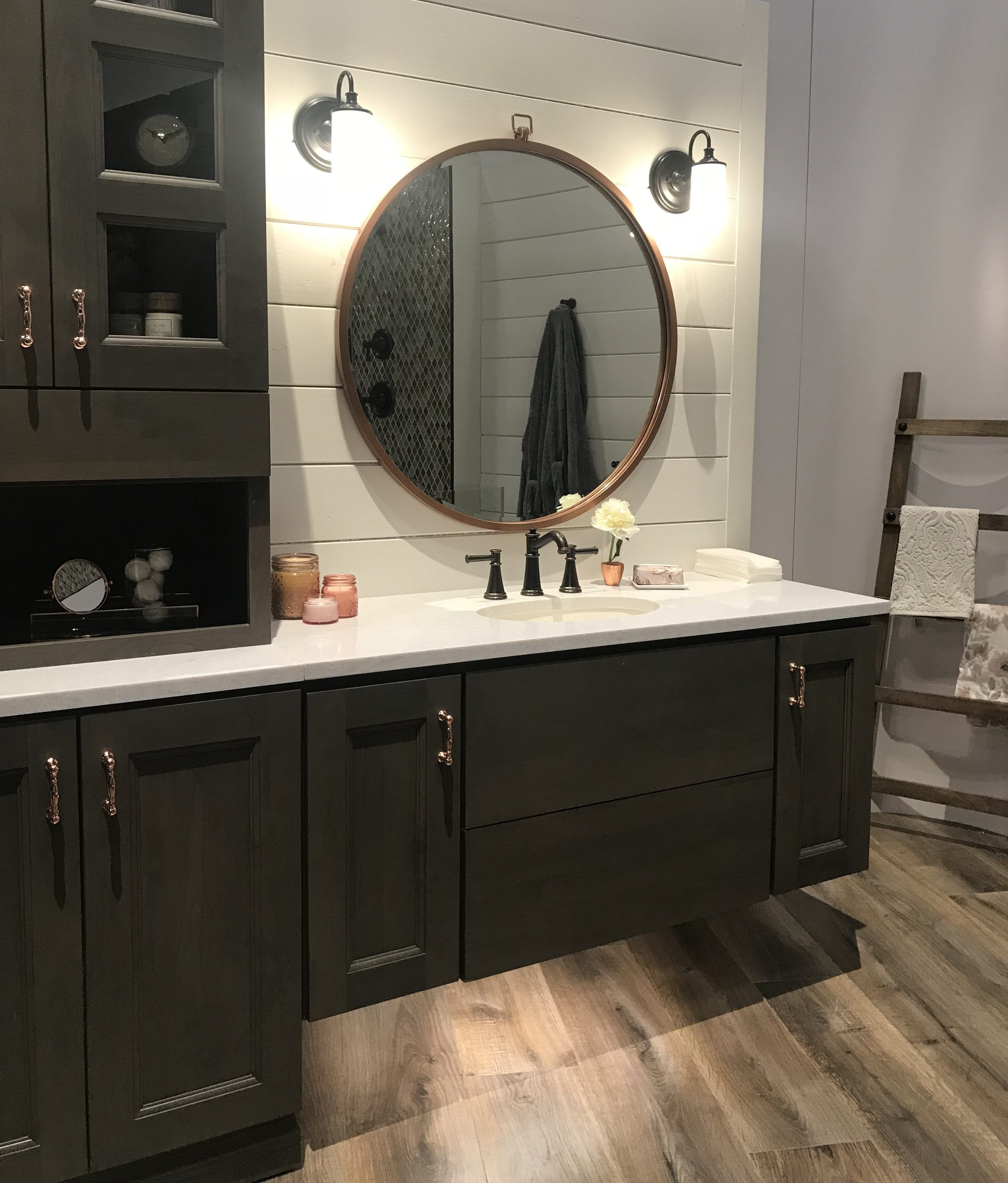 Five Times Wood And White Combined To Create Design Meet Style Round Mirror Bathroom Bathroom Inspiration Modern Bathroom Design