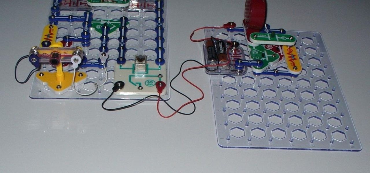 how to build a laser tripwire and alarm with snap circuits circuits rh pinterest com