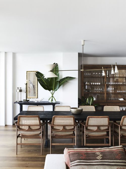 Australian Interior Design Awards,Australian Interior Design Awards Chandelier for family area When choosing lighting for living rooms, the focus is primarily on the appearance. Obviou..., #Australian #Awards #chandelierdiningroommodern #Design #interior