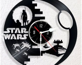 Wedding Unique Birthday Wall D/écor Ideas for any Space Handmade Gift for any Occasion Star Trek Vinyl Wall Clock Anniversary