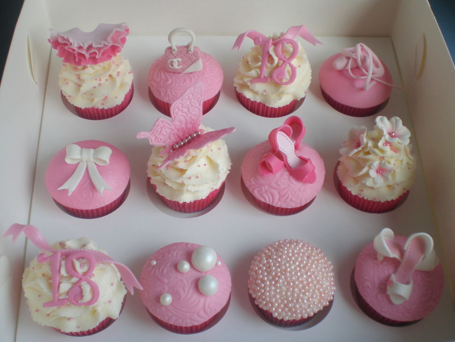 Birthday cupcake decorating ideas 18th birthday girly for 18th birthday decoration ideas for girls