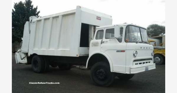Found On Bing From Www Classicrefusetrucks Com Rubbish Truck Garbage Truck Trucks