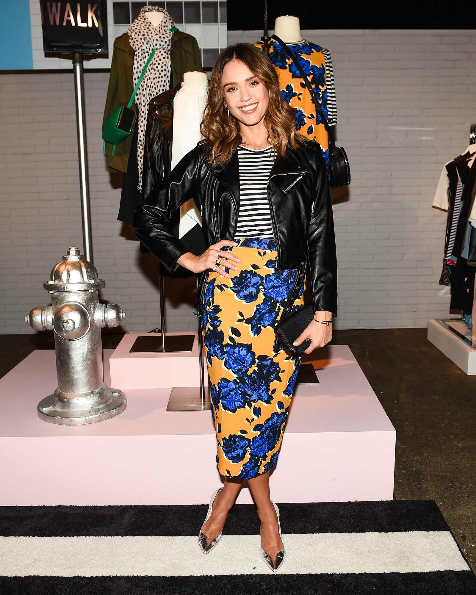 49165bc09 Jessica Alba on How to Shake Up a 9-to-5 Dress Code, and the Shoes ...