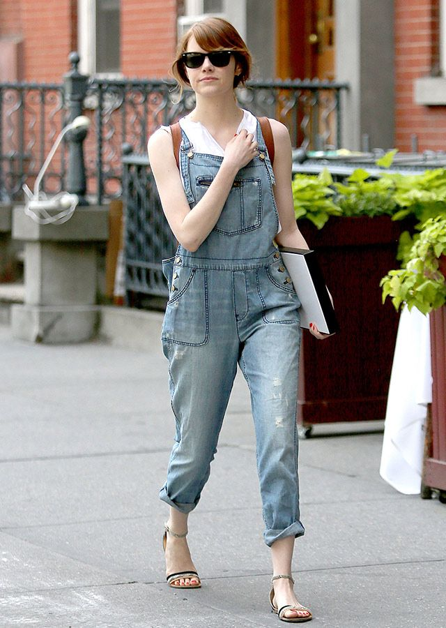 c429b626de27 Emma Stone Overalls Andrew Garfield Date Outfit in 2019   head to ...