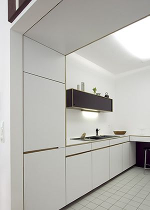 berlin mitte prenzlauer berg k che weiss oberschrank hochschrank umbau pinterest berlin. Black Bedroom Furniture Sets. Home Design Ideas