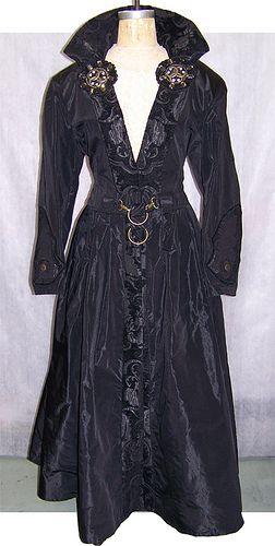 victoriangothcoat.jpg