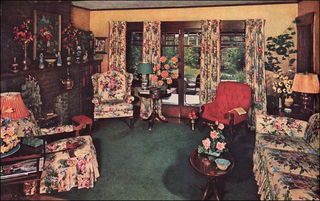 1940 Traditional Eclectic Living Room - 1940 Colonial Style - Mango