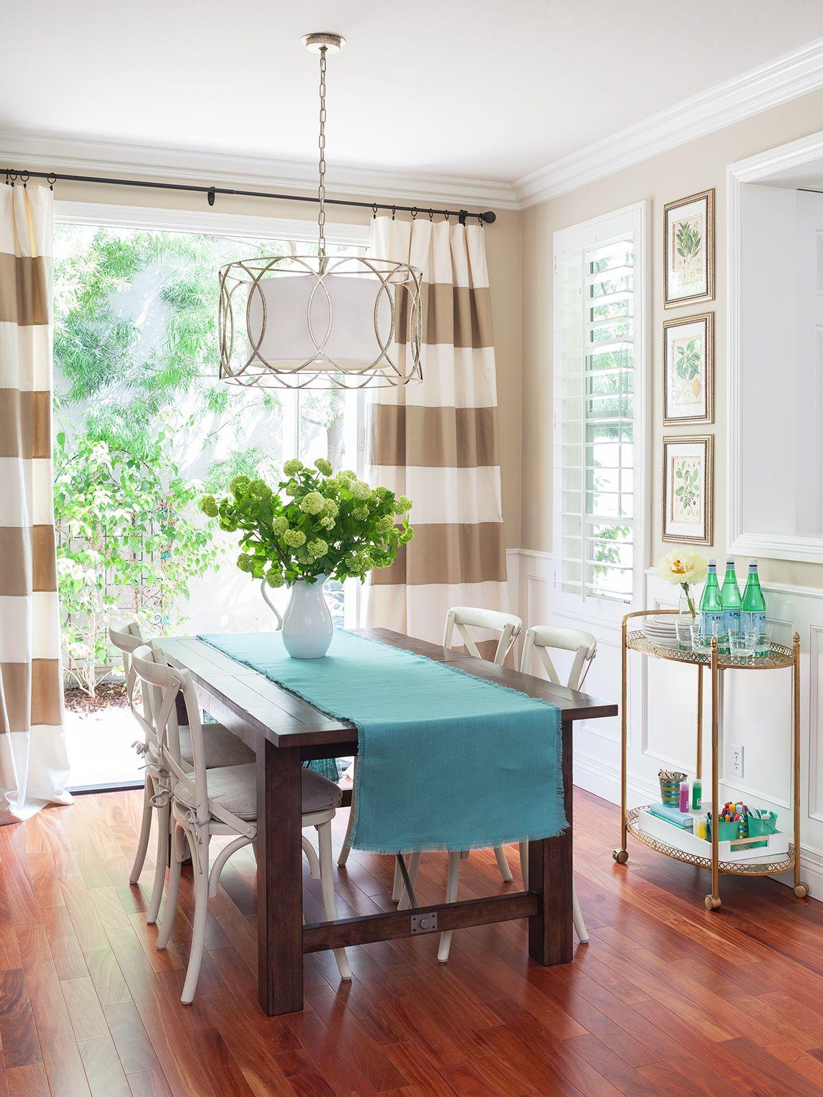 11 Stylish Window Treatments For Sliding Doors Sliding Door Curtains Door Coverings Sliding Glass Door Curtains