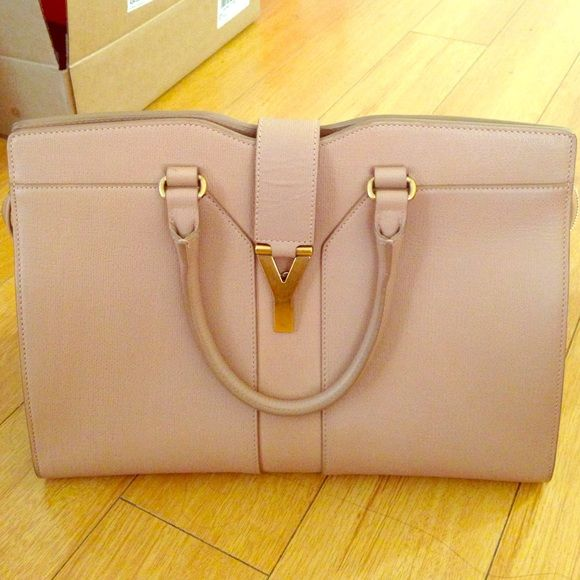 0431cd803562 YSL Authentic Bag It s authentic YSL too bad I don t have the cards ...
