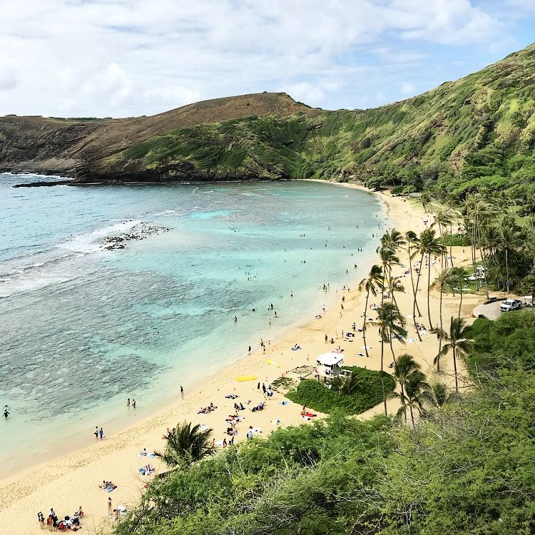 Oahu Circle Island Tour her life and loves Island tour