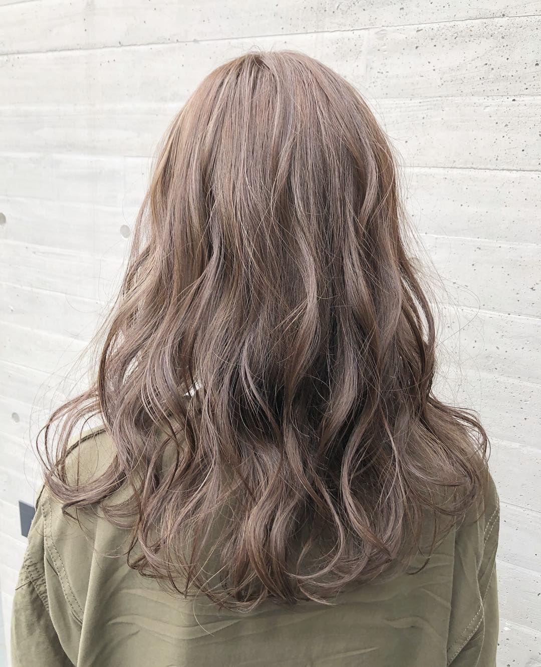 どんな髪色でも 波ウェーブが綺麗に見える ハイライト を入れる