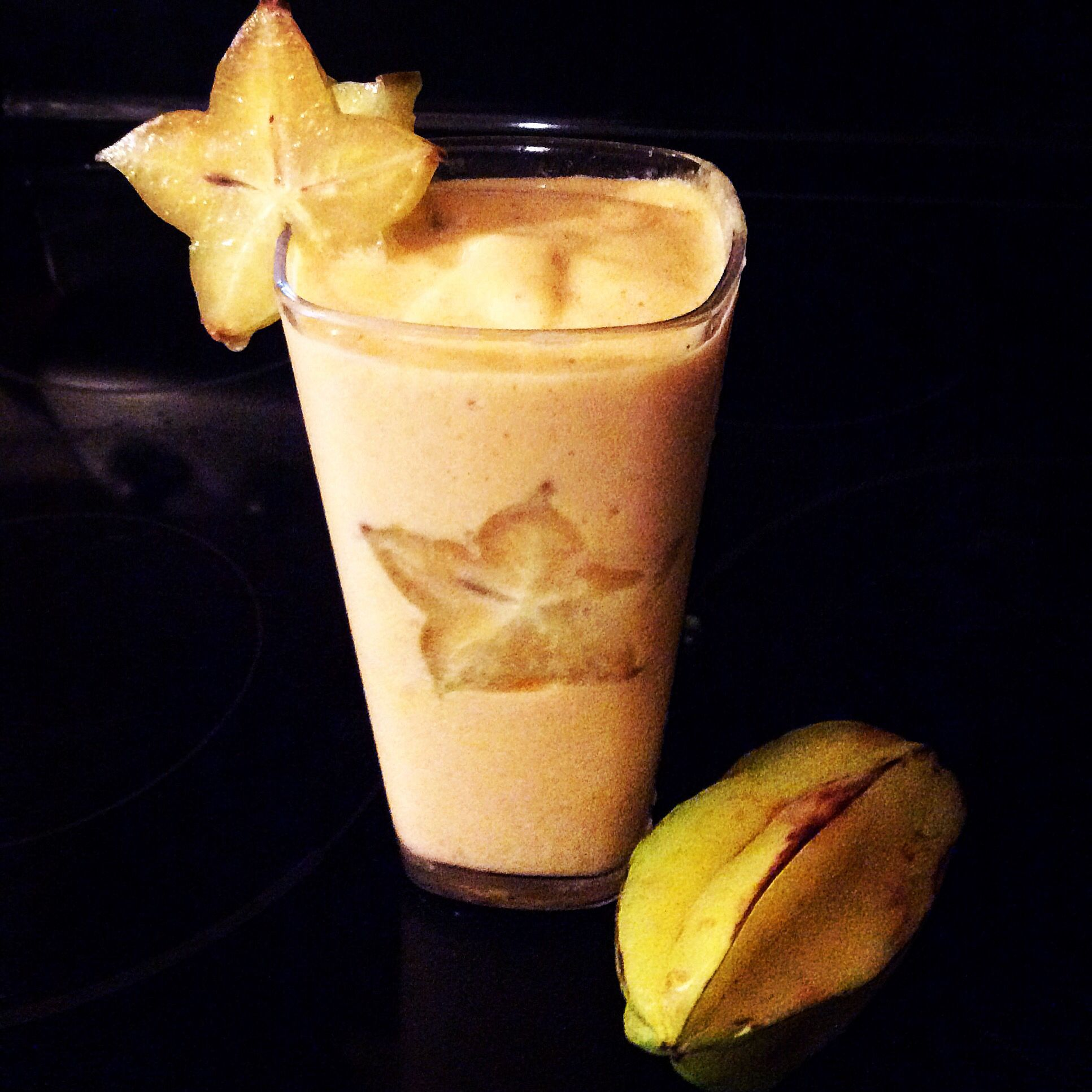 Star of the smoothies! ☺️ Star fruit for a refreshing smoothie!