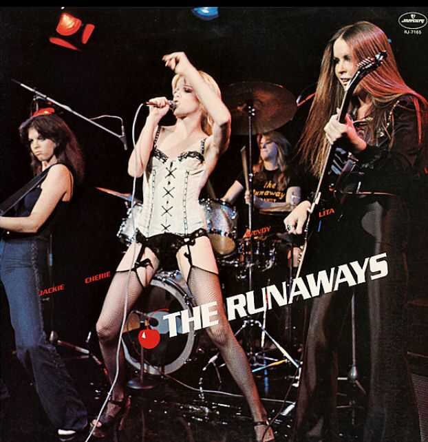 Runnaways live in Japan